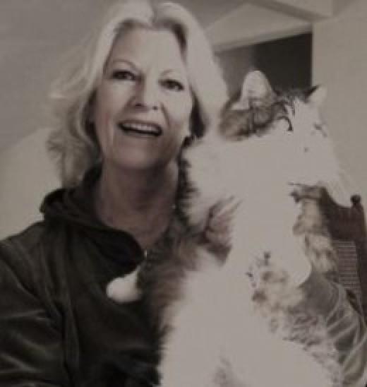 mommie delia & kitty
