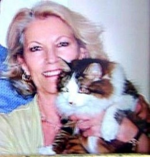 Delia & sweet Kitty