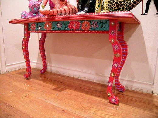 painted table by patti haskins on flickr