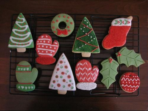 Instructions for these adorable holiday cookies are in the book sold above.