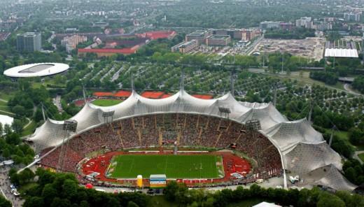 Munich's Olympic Stadiumhttp://www.sueddeutsche.de/sport/muenchner-olympiastadion-kommerzdenken-schlaegt-aesthetik-1.1359048
