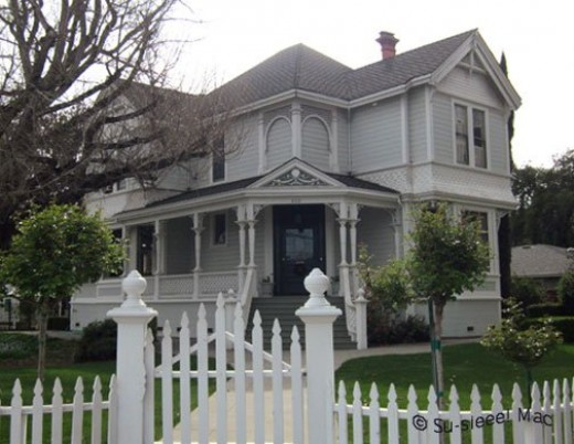 "This Queen Anne house was built in 1893 by Thomas Hawkins, a founder of Hollister, for his son. It was used in the 1981 ""East of Eden"" TV-movie."
