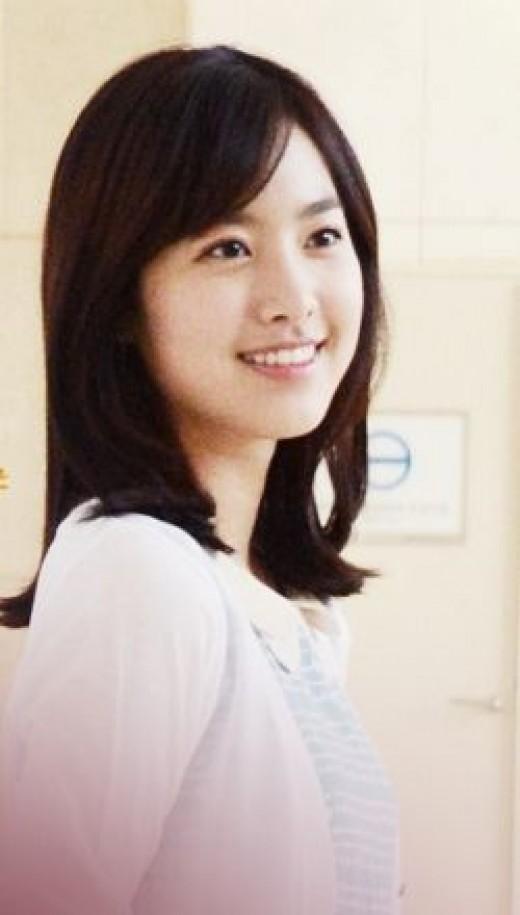 Jin Se Yeon as Hong Da Mi