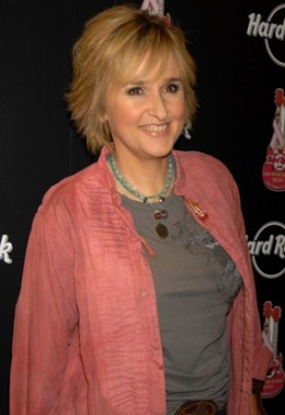 MELISSA ETHERIDGE ( Breast Cancer )