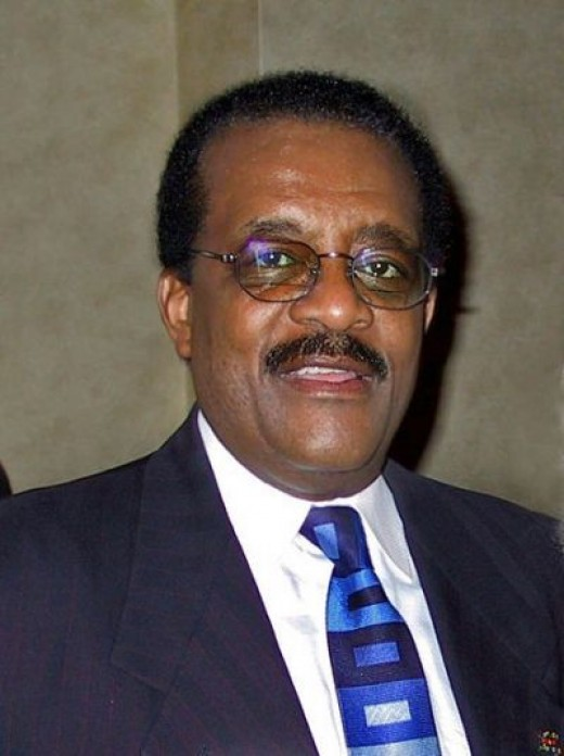 JOHNNIE  COCHRAN  ( Brain Cancer )