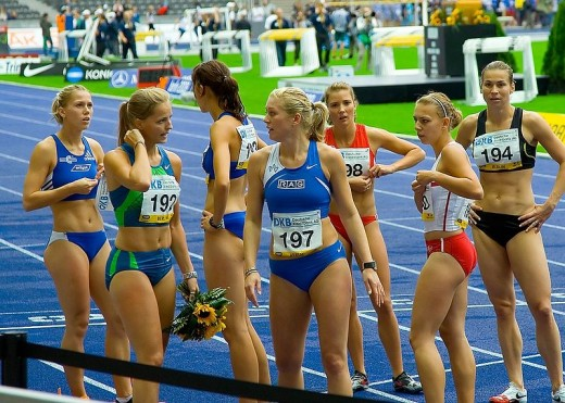 Berlin:100 metres race winner Sina Schielke (192) and the other Runners -2006