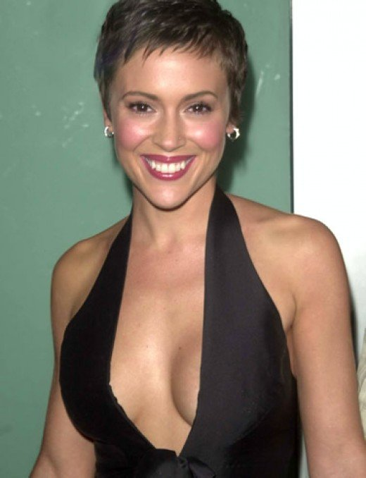 alyssa milano nudity