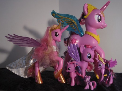 This photo shows how much bigger the Princess Twilight Sparkle pony is compared to the other ponies.