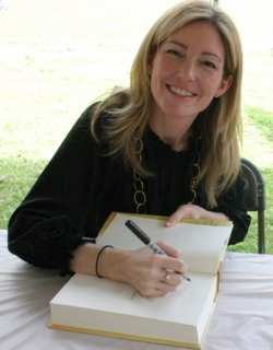 "Kathryn Stockett signing her book ""The Help"""