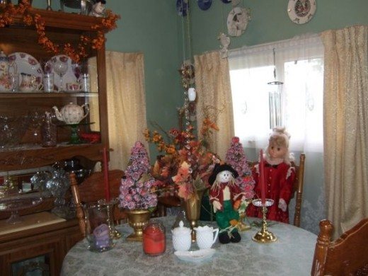 This picture was taken sometime around 2008.  It's not high quality, but I wanted to show some stuff.
