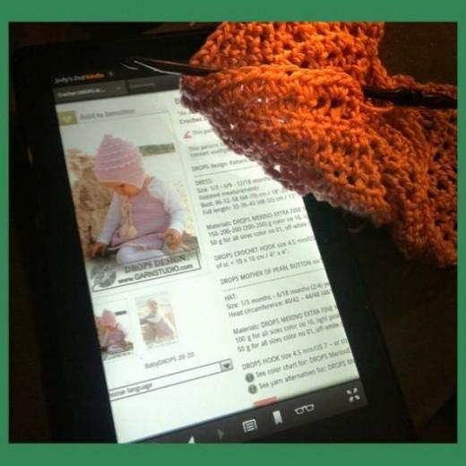 Kindle Fire crochet pattern and yarn.