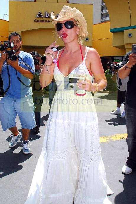 Britney Spears enjoying a Power Pop.