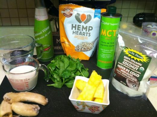 Raw Vegan Pina Colada smoothie