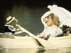 Look at the love between Miss Piggy and Kermit