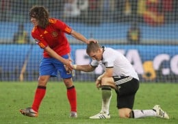 Puyol (Red) scored for Spain in the Semifinal match against Germany