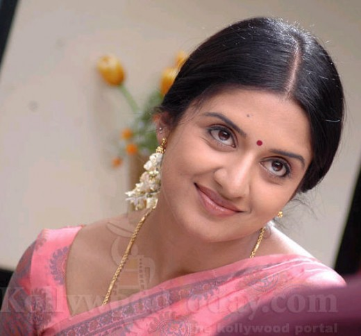 Vimala Raman's cute face