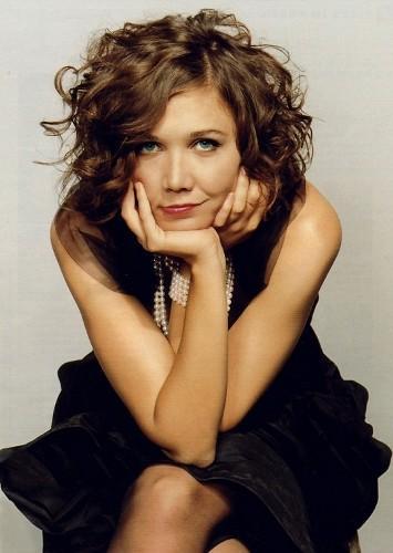 Maggie Gyllenhaal sitting pose
