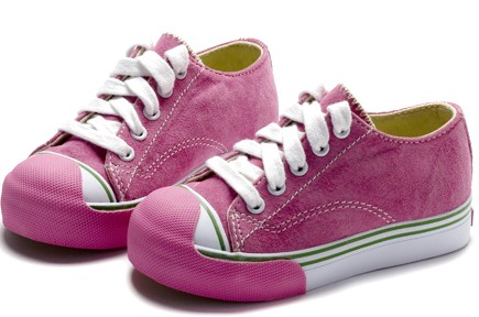 Hot Pink tennis shoes !