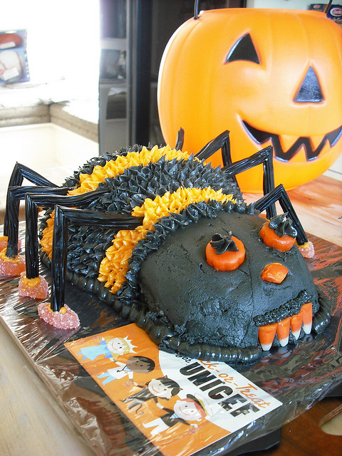 Eye catching black spider cake for Halloween