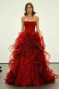 Finding The Perfect Red Wedding Dress