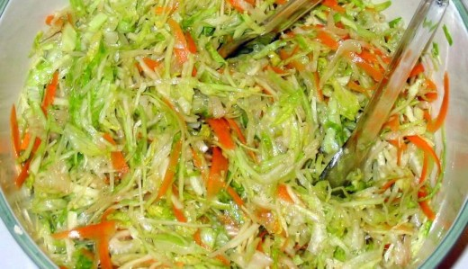 Close-up of cabbage & lettuce salad