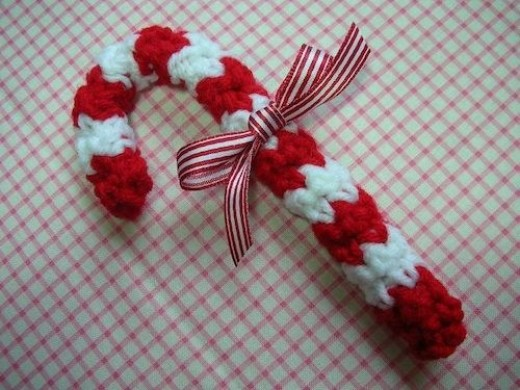 Candy Cane Christmas Ornament Crochet Pattern