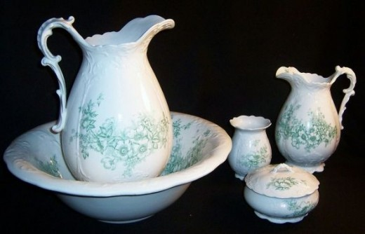 Antique Homer Laughlin Bowl Pitcher Bath Set