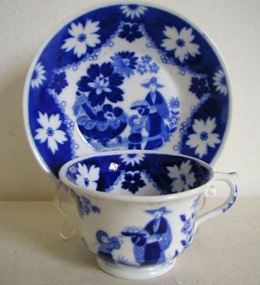Hilditch Porcelain Eskimo Child Cup & Saucer C1823