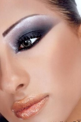 Another version of the smoky eye.
