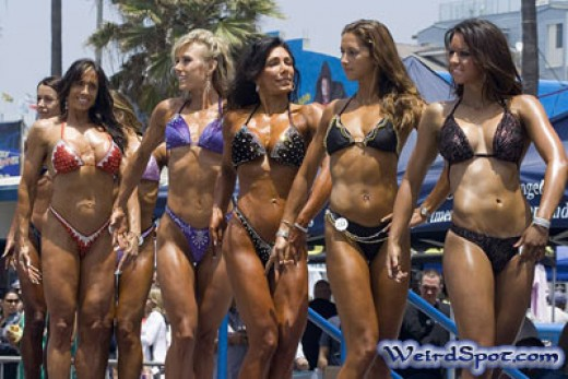 Body building girls