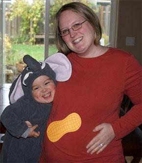Elephant and a Peanut, Awww!