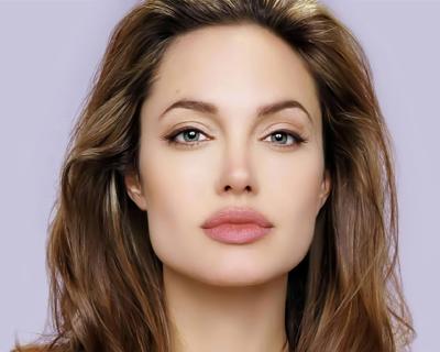Top 10 Hollywood actress No. 1 Angelina Jolie
