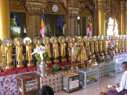 Buddha's image are different indifferent countries and even in the same country. It is said in old books that the Lord had  10 previous lives(the Jataka Tales) as seen in mural paintings in Thai temples.
