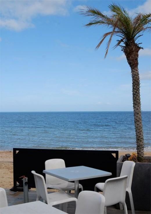 Sandbar Beach Cafe