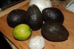 How to Make Freezer Bag Guacamole