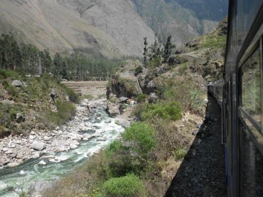 Urubamba river and train to Aguas Calientes