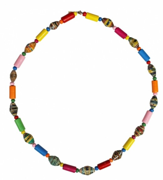 Recycled magazines necklace