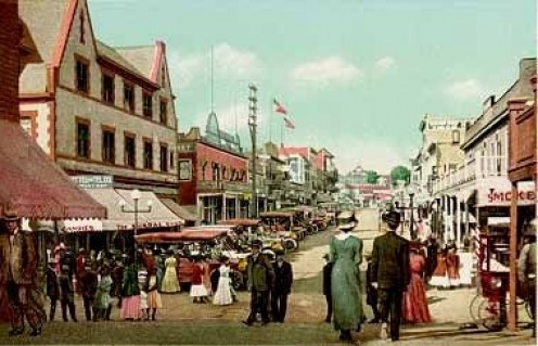 View looking inland along Pier Avenue, 1908