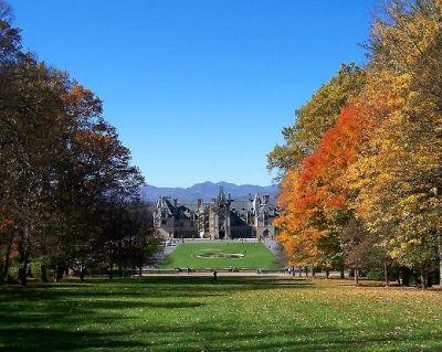 The Magnificent Biltmore Estate in Autumn!