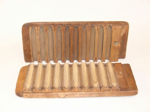Vintage Wooden Durex Cigar Mold