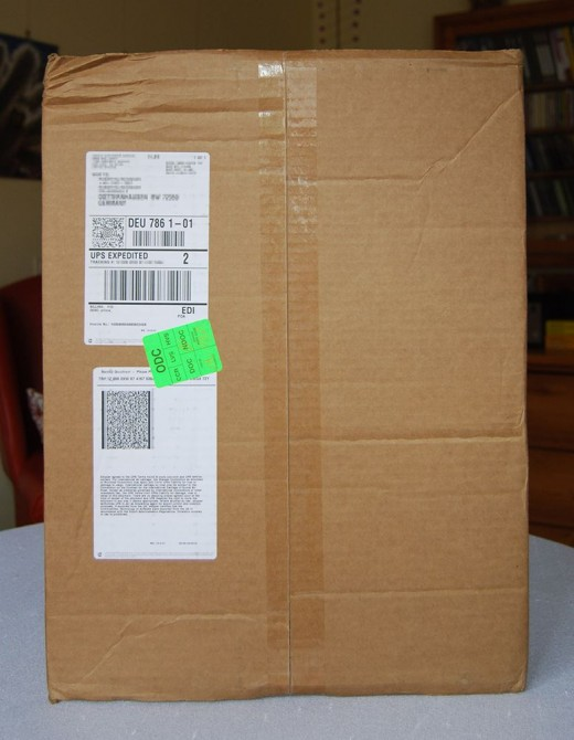 This is how the box looked like when it arrived after traveling 5,791 miles from the US to Germany.