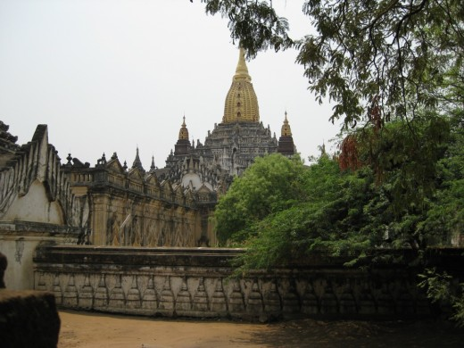 Ananda - it is one of the oldest yet best preserved Bagan pagodas.