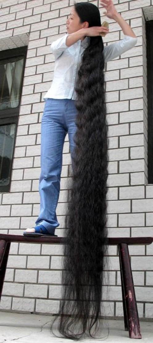 Xia Aifeng 'Longest Hair'