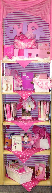 """Chick Lit"" display"