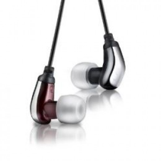 Logitech Ultimate Ears 600 Noise-Isolating Earphones