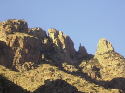 Finger Rock (fist with extended index finger) clearly visible between two peaks.
