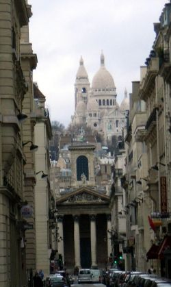 View of both churches from Rue Lafitte (dubourg.name)
