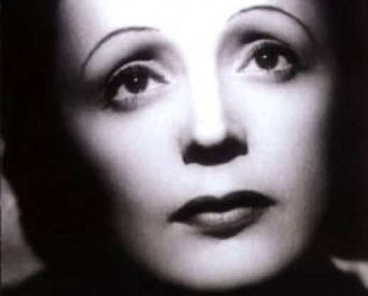 Edith Piaf (plagueofangels.blogspot.com)