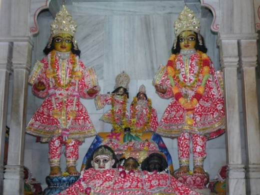 Sri Gaura (right) and Sri Nityananda at Shrngar Vat; very ancient deities in India