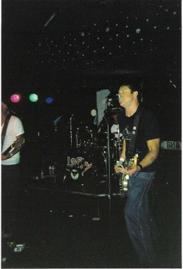 Scottie, onstage with Lefty